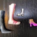Dos munecas bratz con zapatos